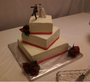 staggered squares with ribbon wedding cake